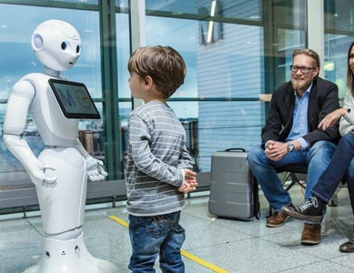 Munich Airport and Lufthansa start testing a humanoid robot in Terminal 2