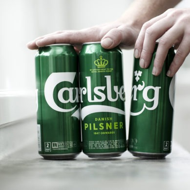 Carlsberg to reduce its plastic waste with a new packaging model
