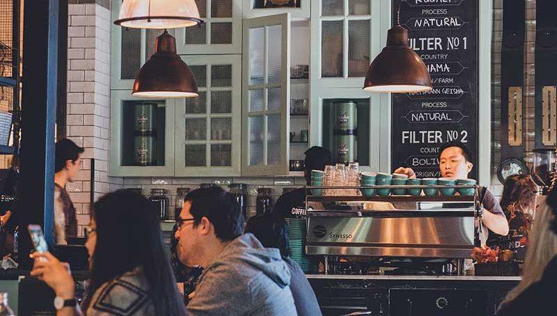 5 ways to establish a successful F&B business