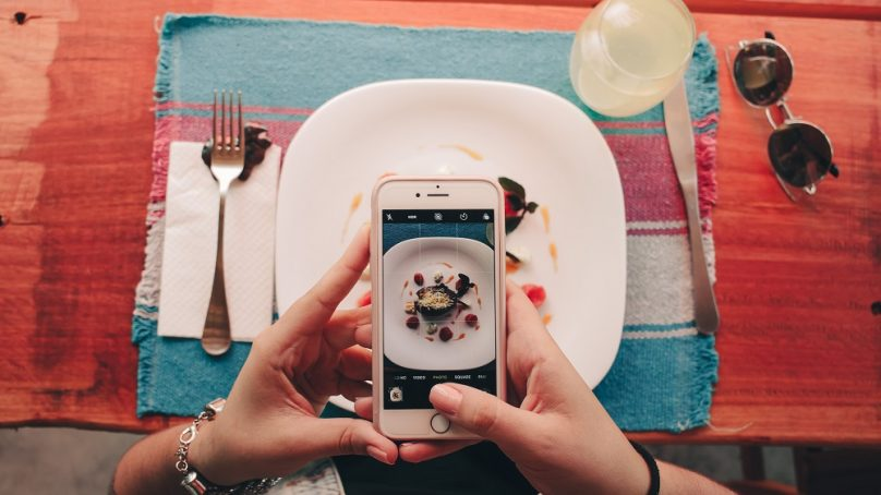Seven tech trends to anticipate in the F&B industry this year
