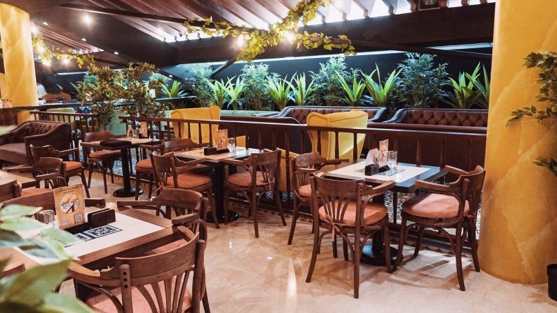 Esco-bar debuts in Qatar