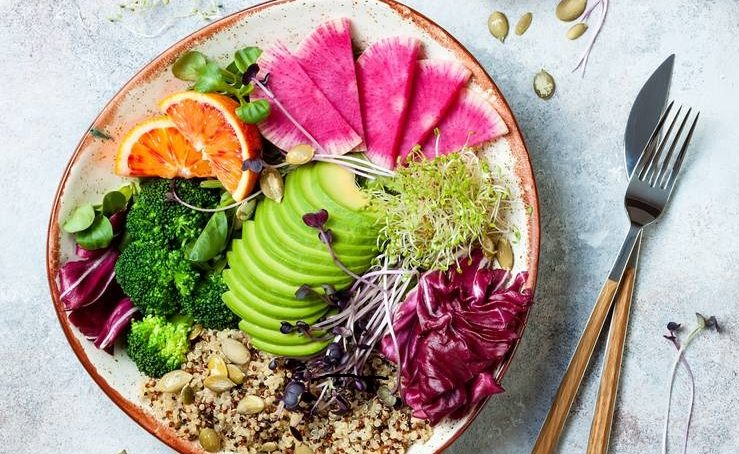 Green and clean: the non-processed food trend
